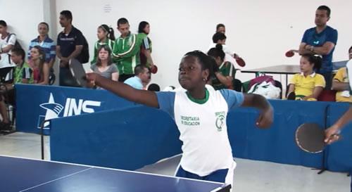 Final de Tenis de Mesa en los Intercolegiados 2014