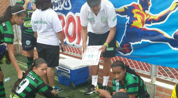 Antioquia le gana al atlantico en fútbol femenino