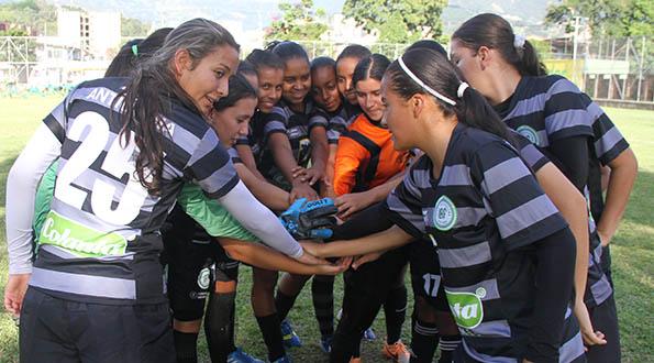 Selección Antioquia Prejuvenil Femenina rumbo a Bucaramanga