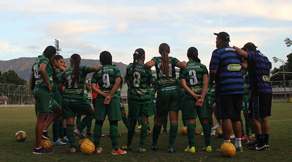 Selección Antioquia Femenina golea a la del Meta