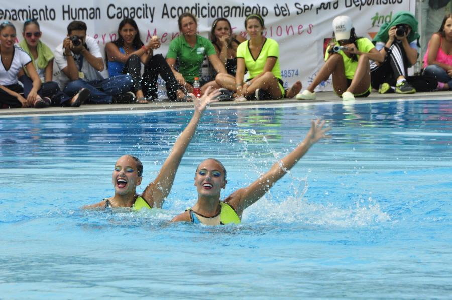 Nadadoras antioqueñas que buscarán cupo a los Juegos Olímpicos