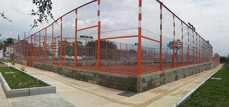 Nueva Cancha de Tenis de Campo en Medellín