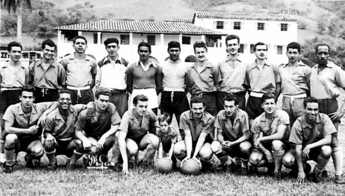 La nómina de Atlético Nacional en 1954, año de su primer título. Fotografía: Atlético Nacional Oficial